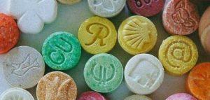 LSD e Ectasy - Drogas